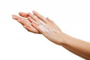 Hautpflege für Senioren bei Abena