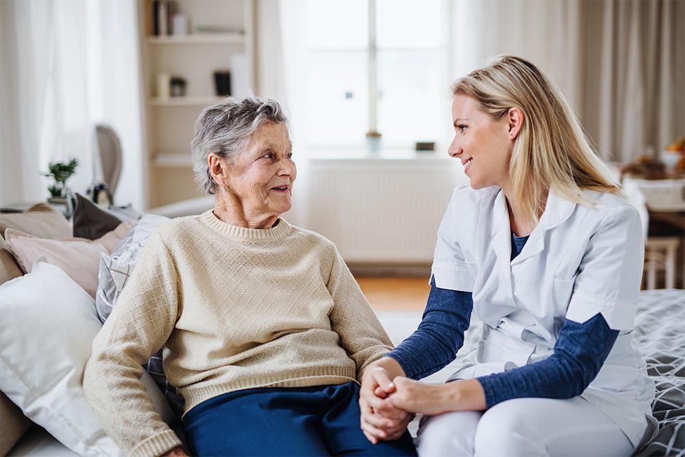 Banner Nova Kontinenzversorgung ist ein wesentlicher Bestandteil der täglichen Pflegeroutine